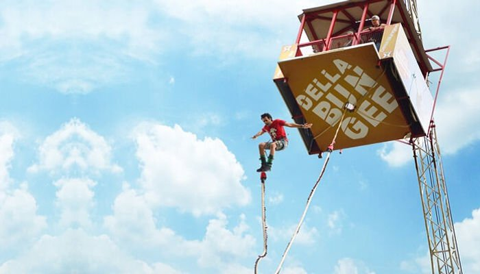 bungee jumping at della adventures, lonavala